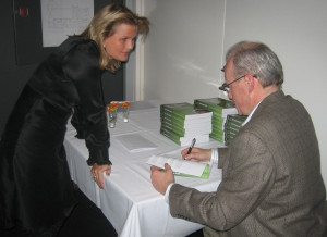 mike_moran_book_signing